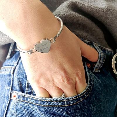 bracelet jonc coeur personnalisé message fête desmères